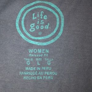 Life Is Good Tops - Life is Good Large women's tee shirt heart